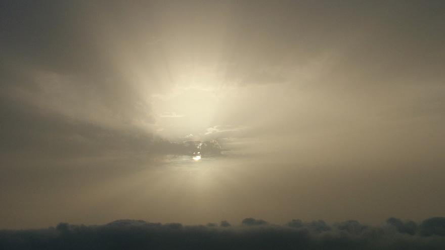 Imagen de archivo de un día con calima en La Palma