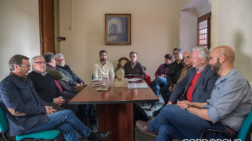 Reunión de trabajo del equipo de investigadores que trabajará sobre las fosas de Córdoba | TONI BLANCO