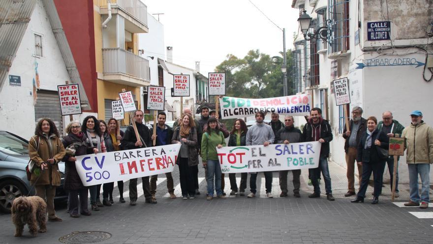 Representantes de diversos colectivos protestan por la CV-500 y reclaman mayor protección para el Saler
