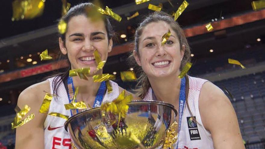 Leticia Romero y Leonor Rodríguez celebran la medalla de oro en el Europeo de 2017
