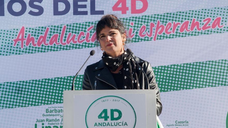 """Teresa Rodríguez critica que Susana Díaz """"saque la bandera española para ejercer poder y la andaluza para llorar"""""""