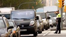 Varios accidentes múltiples, con dos heridos, colapsan la circulación en Barcelona