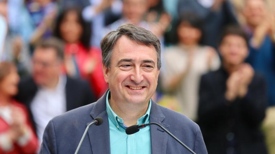 Aitor Esteban, durante la campaña electoral