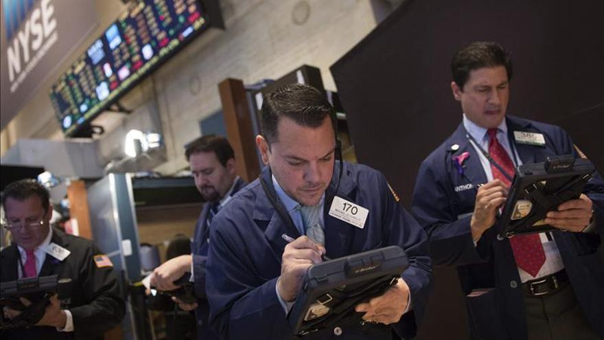 Wall Street abre con ganancias y el Dow Jones sube un 0,31 %