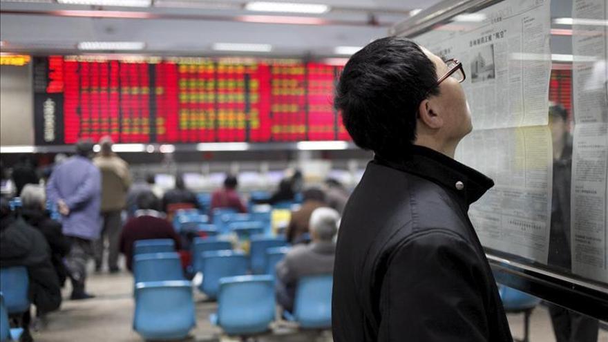 China aprueba las diez primeras OPV desde la crisis bursátil del verano