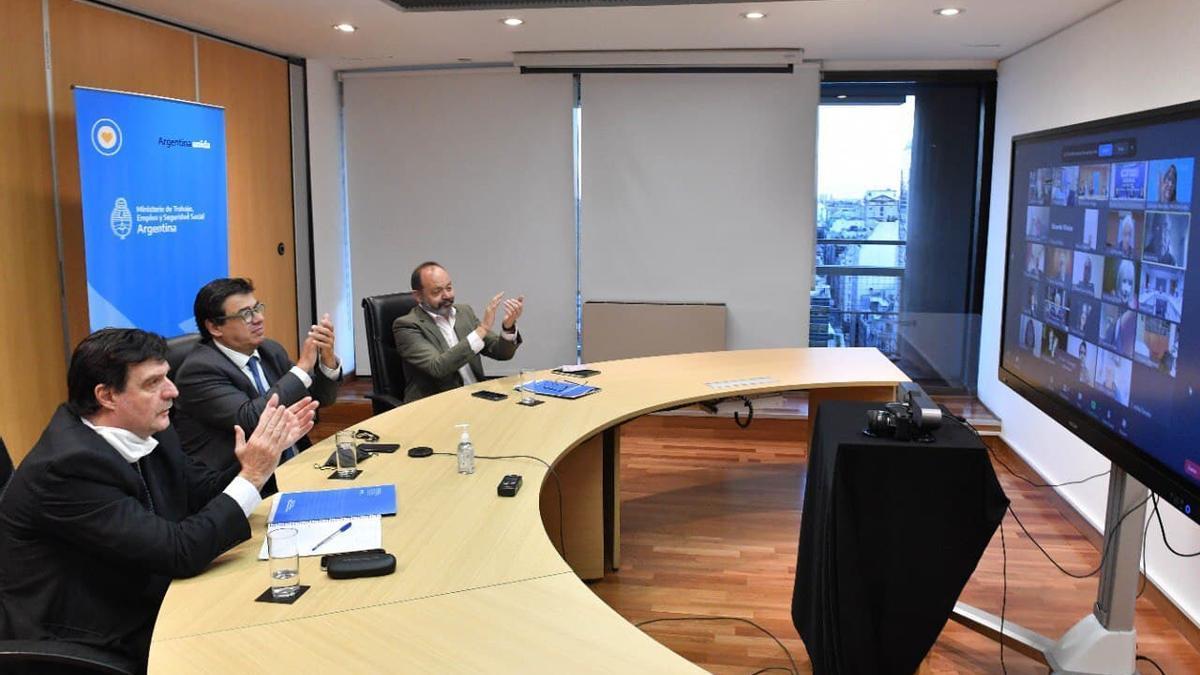 El Consejo del Salario se reunió en forma virtual.