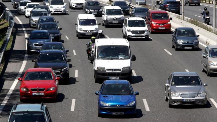 Tráfico intensifica los controles a camiones, furgonetas y autobuses