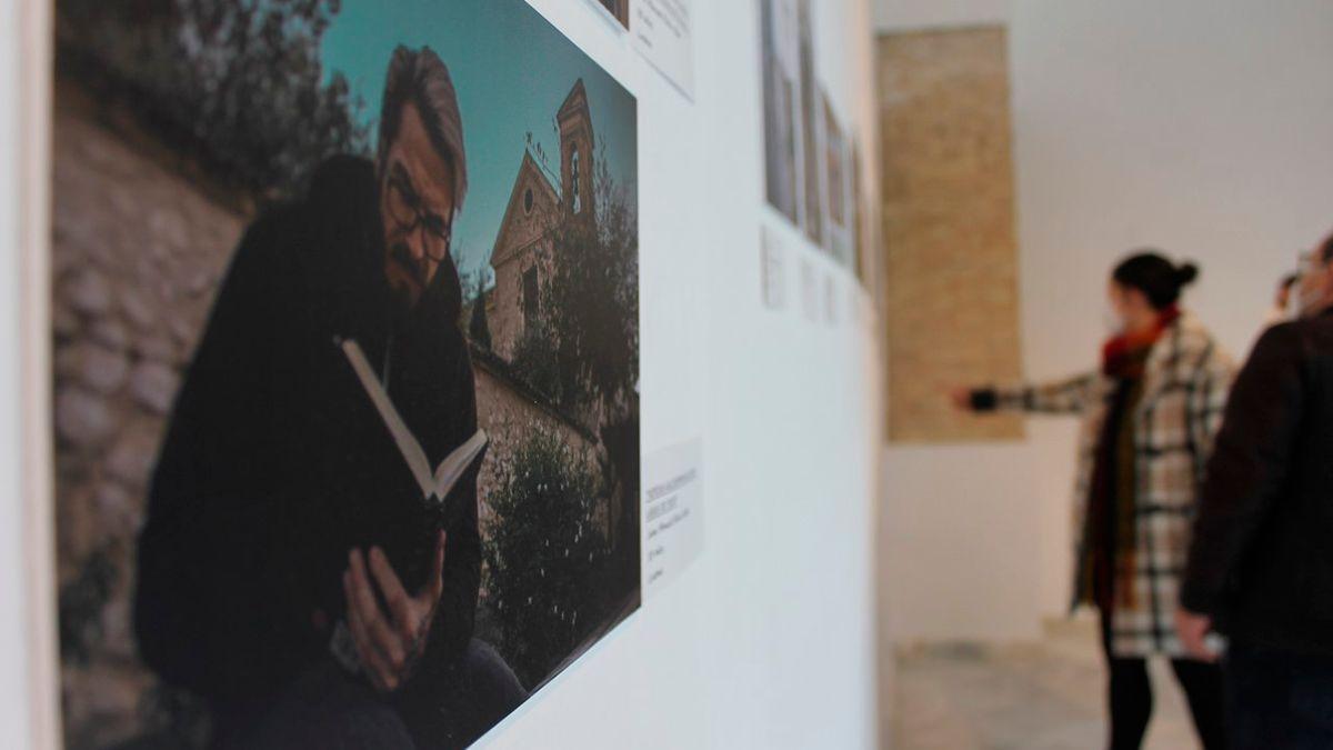 Exposición 'Parajes de lectura' en Lucena.