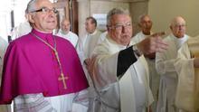 El nuevo obispo de Santander confirma en sus cargos a su Consejo de Vicarios y colaboradores diocesanos