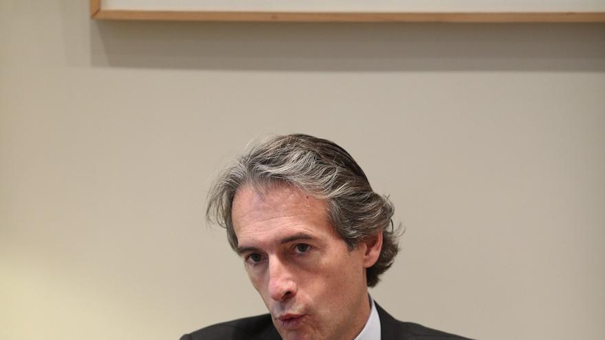 """De la Serna cree que el sufrimiento de Barberá vino de una """"campaña de acoso"""" y dice que el PP ni la juzgó ni la condenó"""
