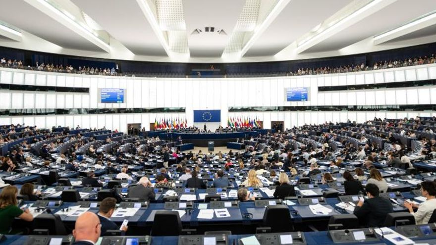 El PP europeo afea la gestión del reparto de altos cargos pero apoyará a Von der Leyen