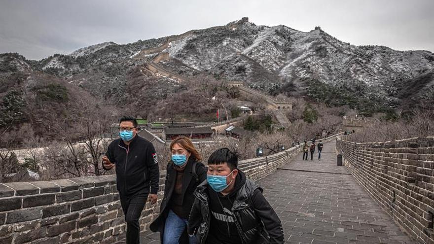 """Medio centenar de casos """"importados"""" en China, tras el anuncio de veto temporal."""