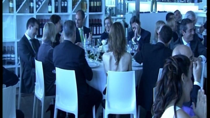 Imagen de Francisco Camps y la cúpula del PP valenciana en la boda de 'El Bigotes'