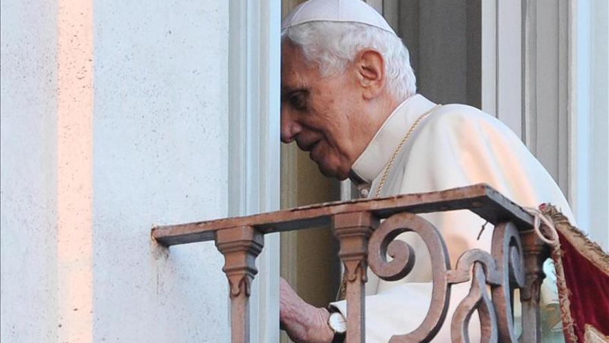 Benedicto XVI regresa al Vaticano