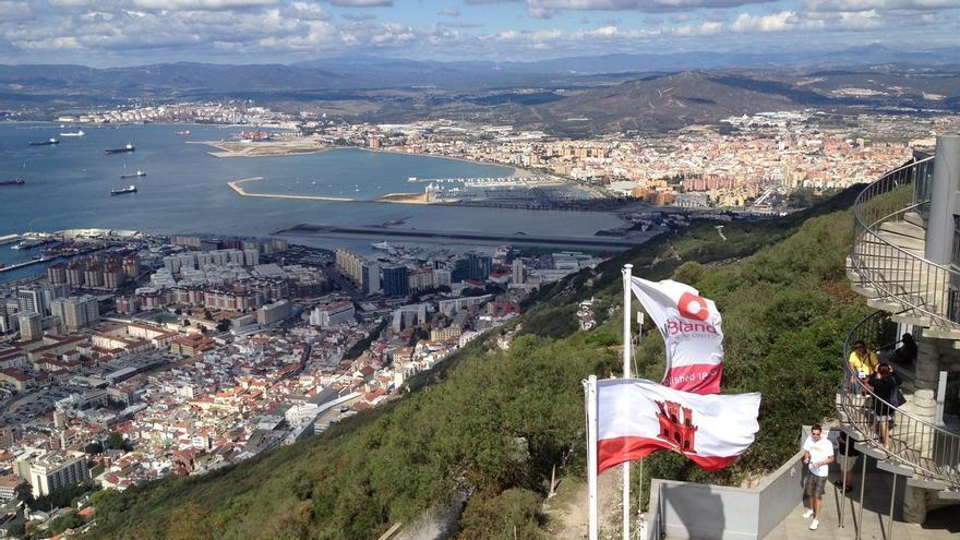 PP, PSOE y Ciudadanos pactan fijar en el Parlamento un consenso básico sobre Gibraltar