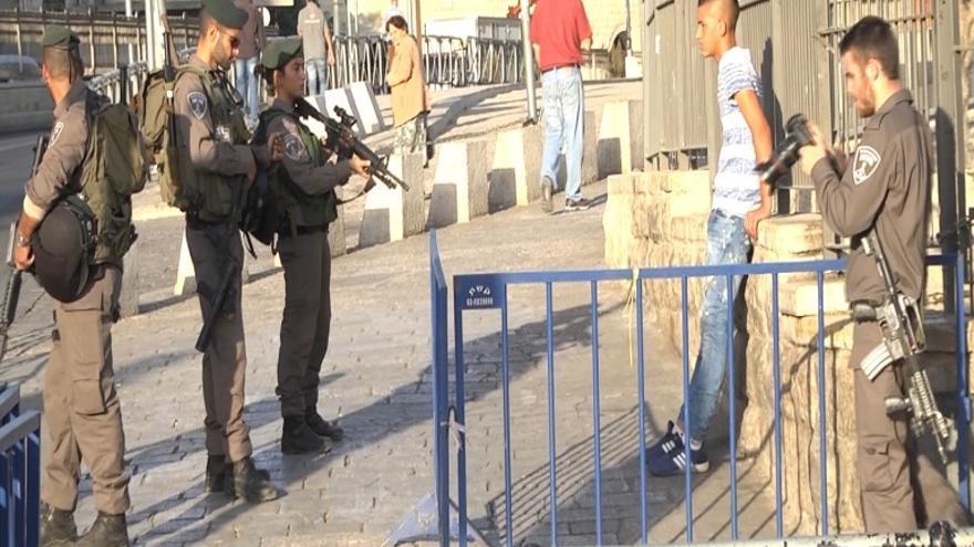 Un checkpoint en pleno acceso a la Ciudad Vieja, Jerusalén / Ana Garralda