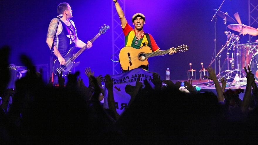 Manu Chao actuará el 9 de julio en la playa de la Zurriola de San Sebastián en el marco de un festival solidario