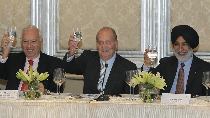 El rey Juan Carlos subraya que España saldrá fortalecida de la crisis