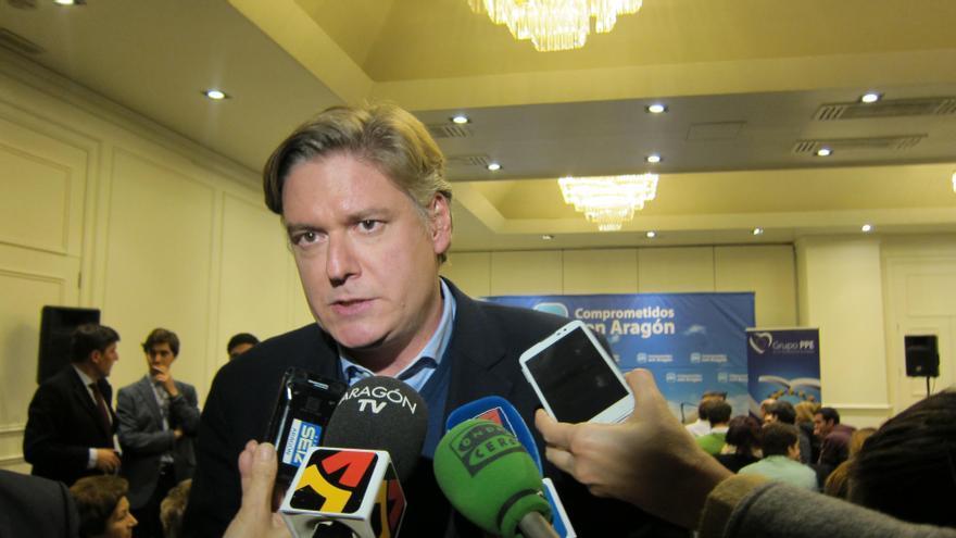 """López-Istúriz recuerda a Valenciano que es """"una cuestión de competencia interna de los Estados miembros"""" de UE"""