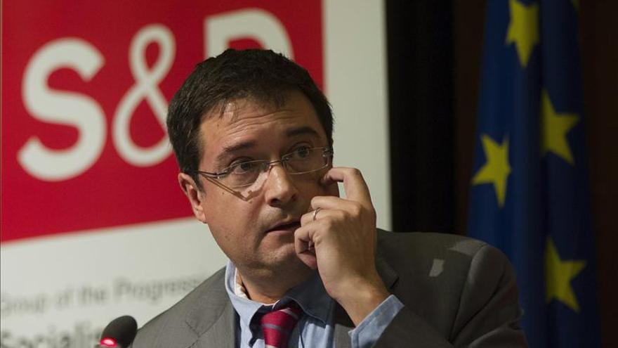 """El PSOE pide aclaraciones a Rajoy por sus """"toneladas de mentiras"""" sobre Bárcenas"""