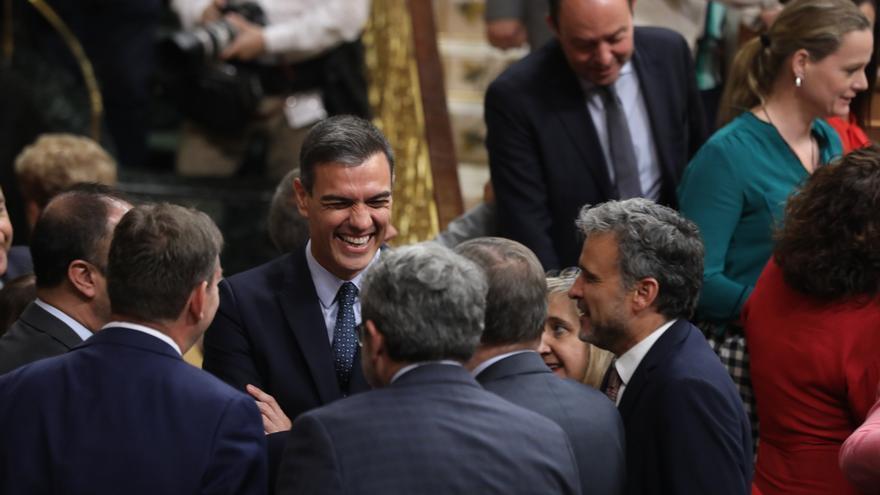 Pedro Sánchez durante el segundo día del debate de investidura.