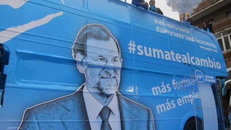 Autobús De Campaña Del PP Con Rajoy