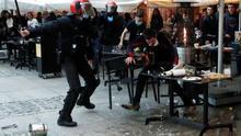 El Casco Viejo de Pamplona fue escenario de varios incidentes el pasado fin de semana al enzarzarse varios jóvenes que protestaban contra la situación del preso de ETA Patxi Ruiz con algunos ciudadanos que les han increpado.