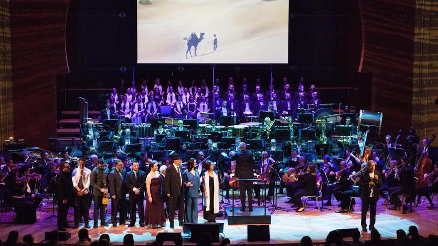 'Morena Sinfónico' con la Orquesta Filarmónica de Gran Canaria. Foto: MIRIAM CEJAS.