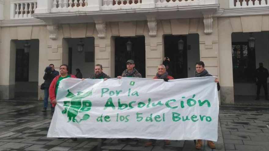 Los 5 del Buero, en la manifestación del pasado 11 de febrero