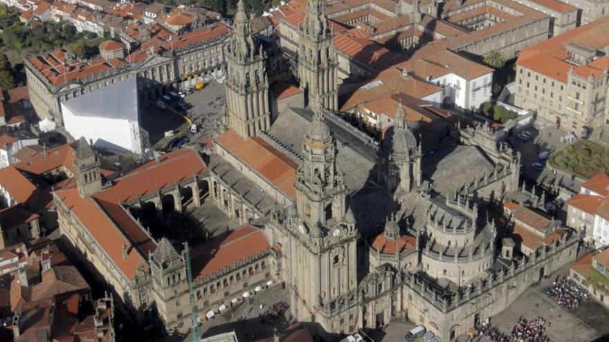 Las persistentes lluvias evidencian los graves problemas de la Catedral de Santiago