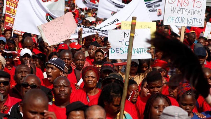 Primera huelga general en Sudáfrica contra el Gobierno de Ramaphosa