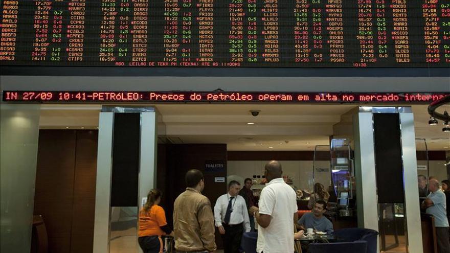 La Bolsa de Sao Paulo abre a la baja