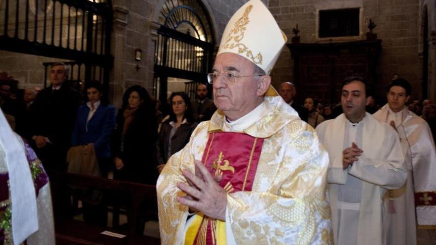 El Vaticano aclara que las palabras del nuncio sobre Franco fueron a titulo personal