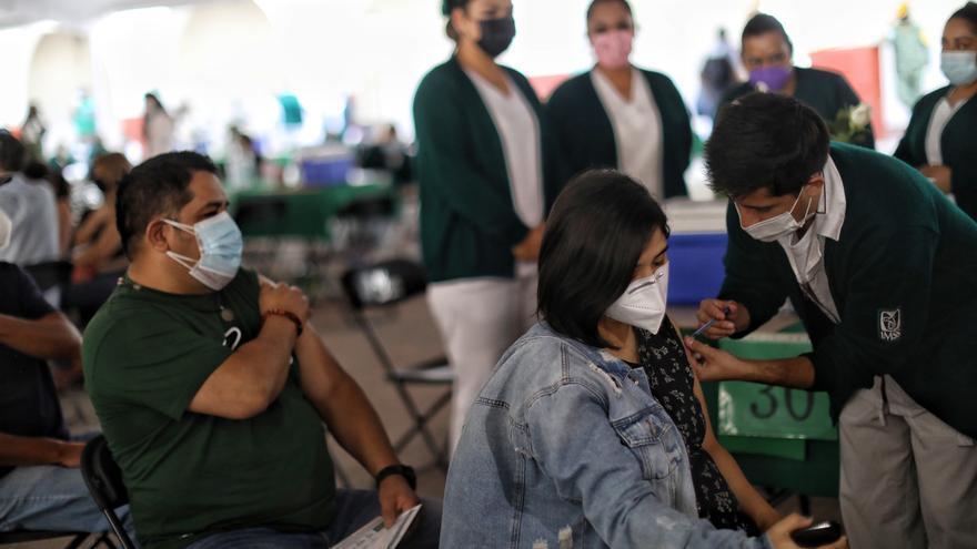 México suma 219.590 muertes y 2.371.483 contagios por coronavirus
