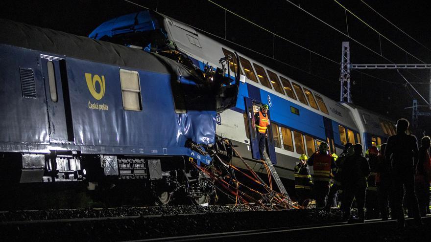 Un muerto y 35 heridos en el segundo accidente de tren en la R. Checa en una semana