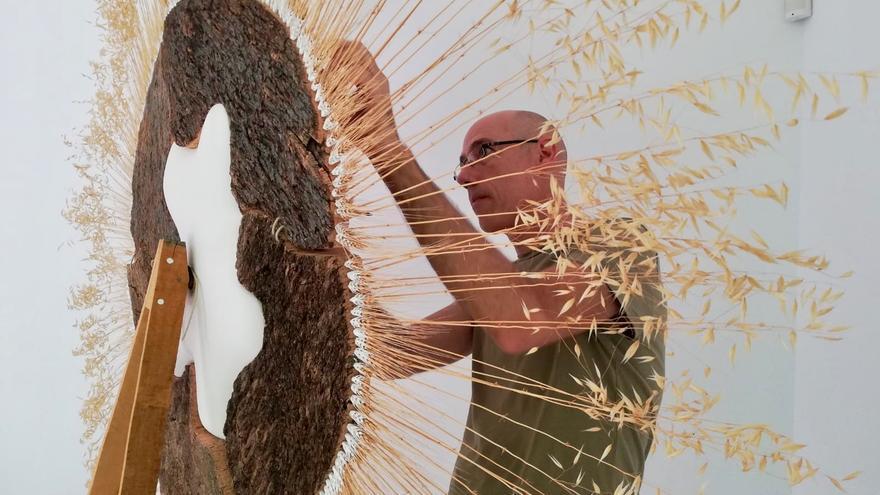 El escultor murciano Alfredo Guillamón muestra `Latidos compatidos´ en La Casa de los Duendes en Puerto Lumbreras
