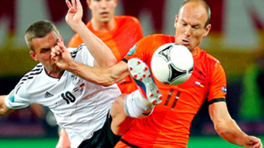 El Holanda-Alemania de la Eurocopa arrasa en Telecinco: 32% y 5 millones