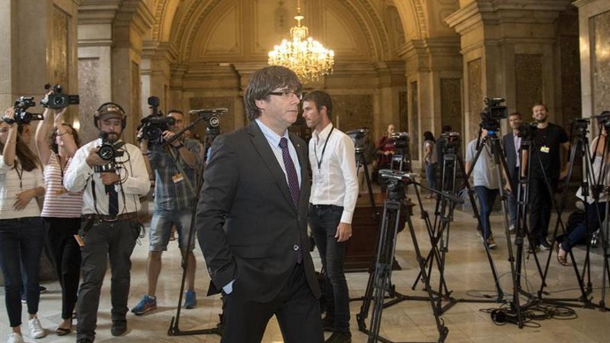 La Fiscalía se querellará contra Puigdemont y el Govern por convocar el 1-O