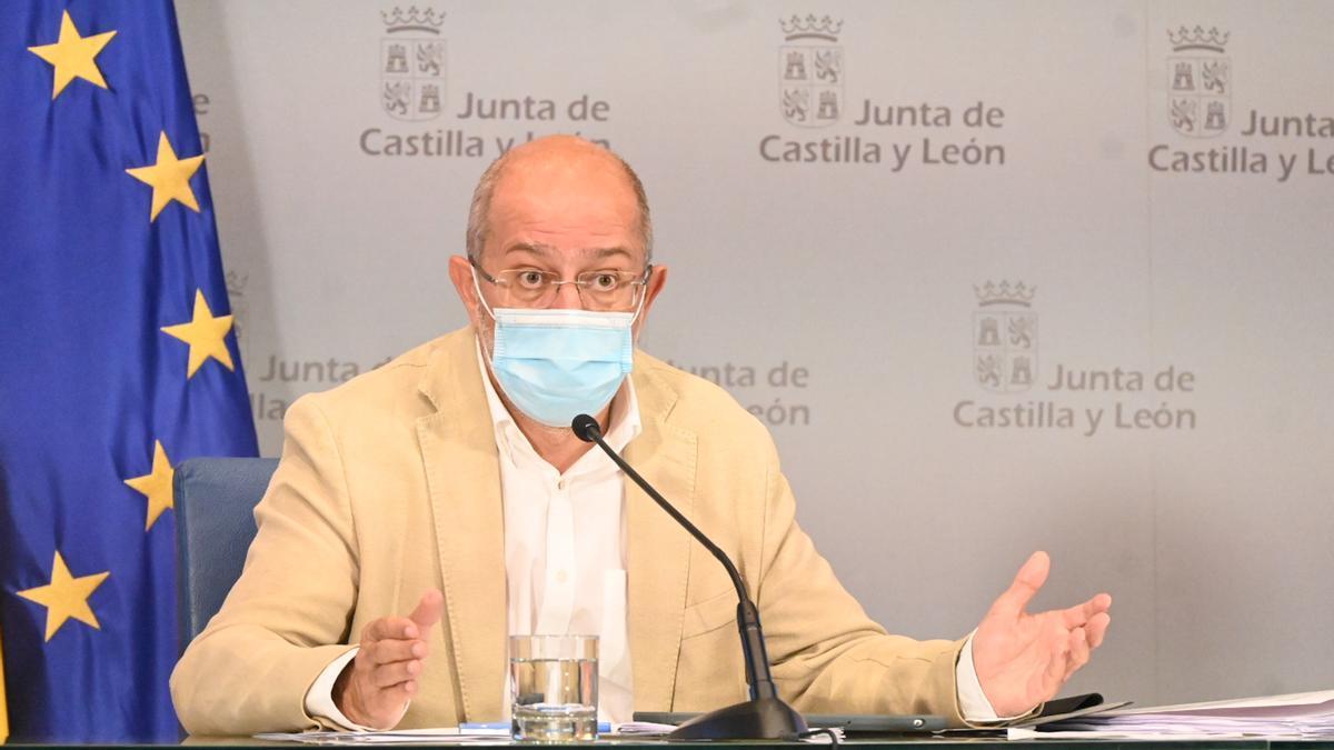 El vicepresidente de la Junta de Castilla y León, Francisco Igea, en rueda de prensa.