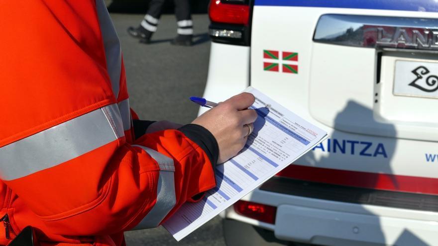 Detenido por tráfico de drogas en un control de carretera en Zarautz (Gipuzkoa) y multado por saltarse el confinamiento