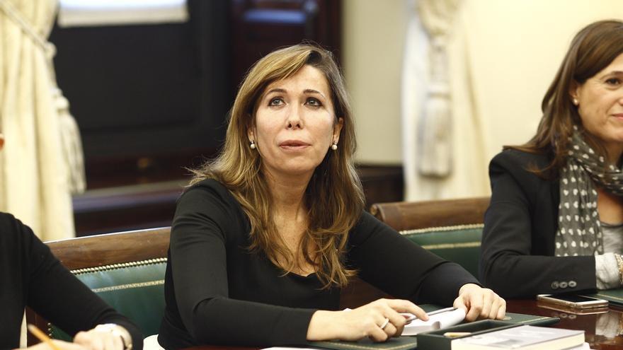 """Sánchez Camacho defiende """"limitar la utilización política del adversario en los tribunales"""""""