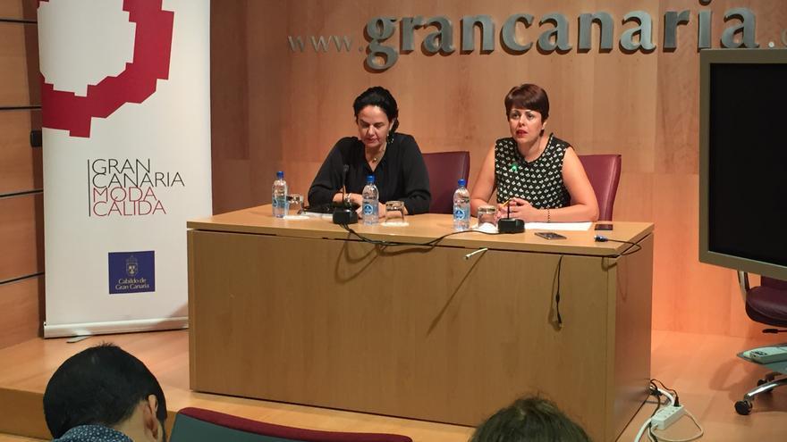La consejera de Industria y Comercio, Minerva Alonso y la consultora internacional Alexandra Pisco,