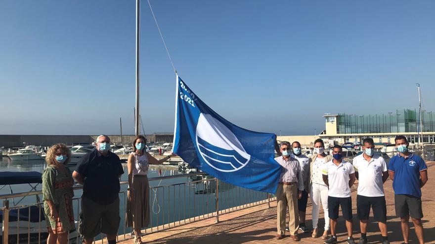 Las Banderas Azules ya ondean en Águilas