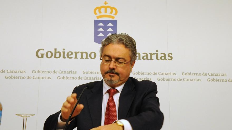 """Canarias asegura que """"a día de hoy no es apremiante"""" para la región acogerse al FLA"""