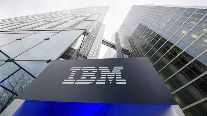 IBM gana un 9,65 % menos el primer semestre