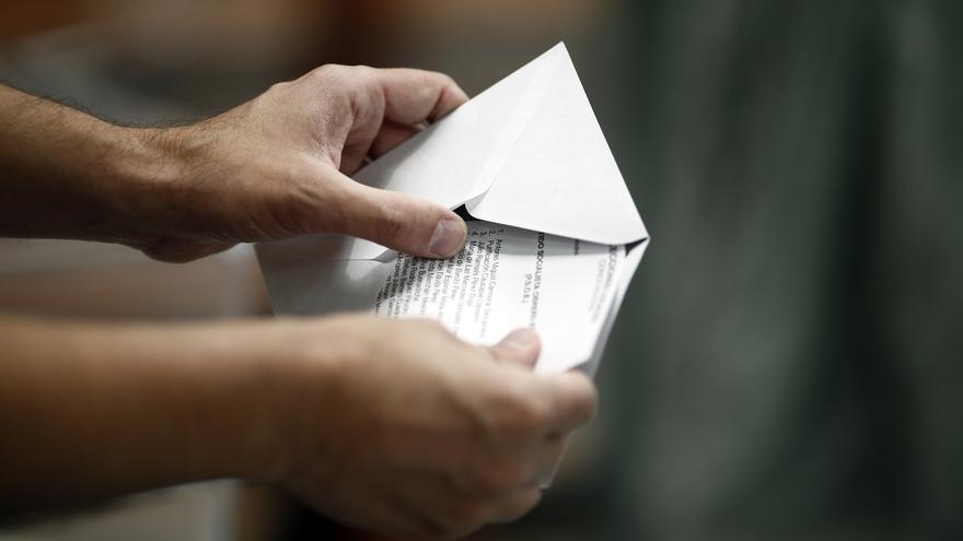 Un total de 5.510.713 catalanes, casi 97.000 más que en 2012, llamados a las urnas