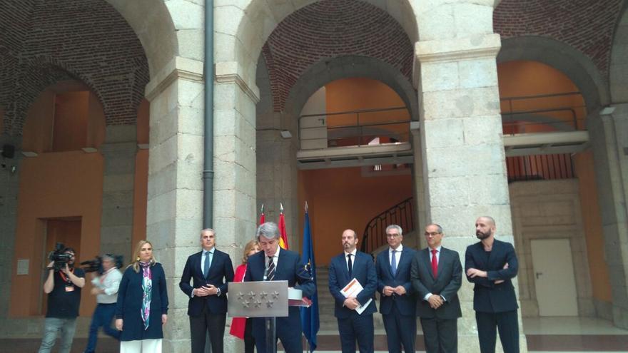 Comparece Garrido como presidente del Gobierno de Madrid en funciones