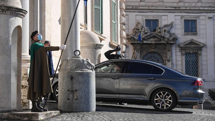 Mattarella toma las riendas de la crisis en Italia tras la dimisión de Conte