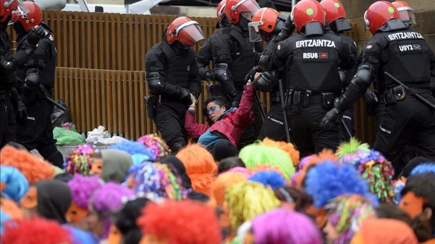El PNV de Álava denuncia pintadas en dos sedes por los arrestos de Segi