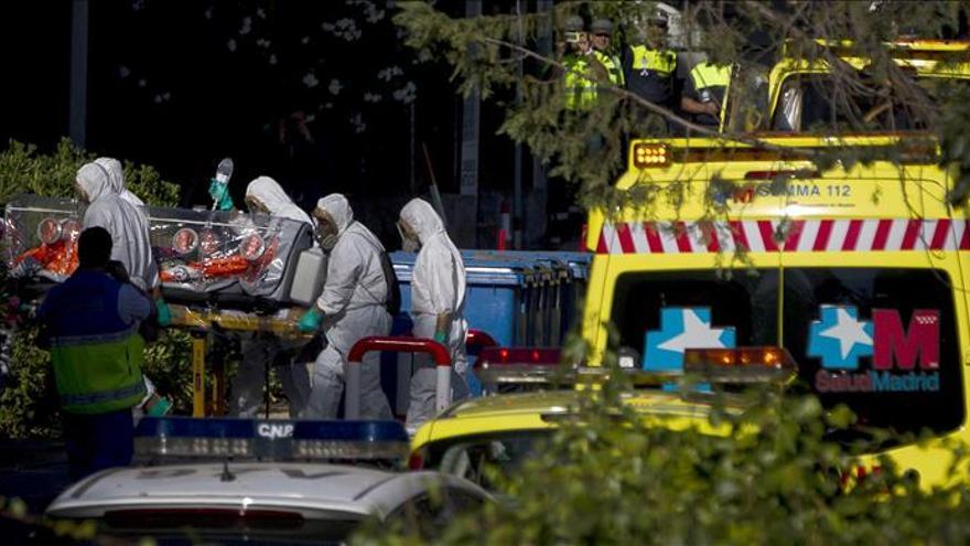 Uno de los operativos de traslado realizados en España, en este caso de Miguel Pajares / Foto: Efe.